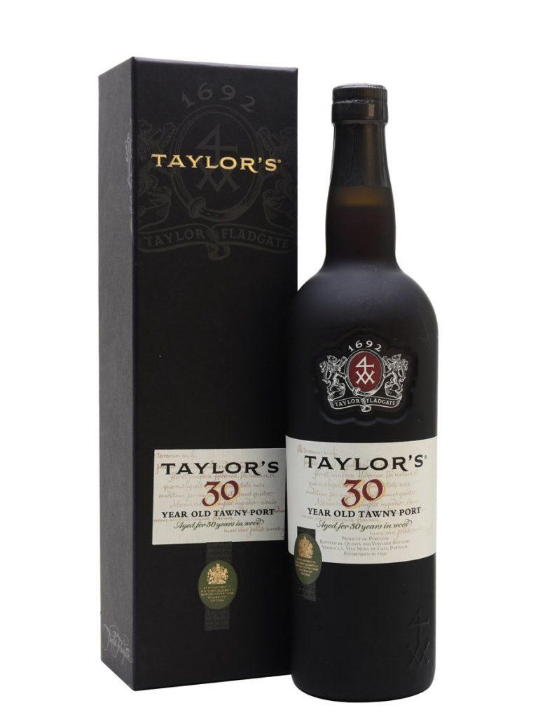 serving tawny port